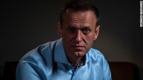 Ancheta CNN-Bellingcat identifică specialiștii ruși care l-au succedat pe adversarul lui Putin, Alexei Navalny, înainte ca acesta să fie otrăvit