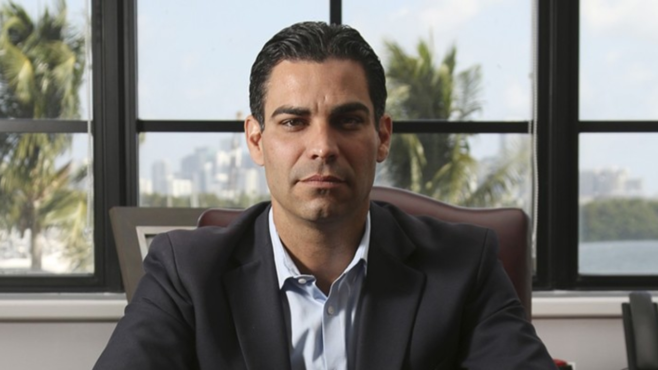 The mayor of Miami is considering putting some of the city's treasury reserves into bitcoin