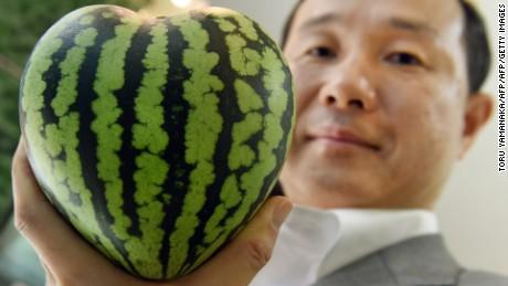 Pepene verde de 27.000 de dolari?  A scăpa de prețul exorbitant al obiceiului de fructe de lux din Japonia