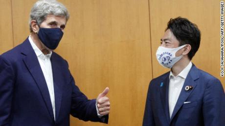 Kerry avertizează că țările nu mai au timp pentru decarbonizare și provoacă China să se îndepărteze de cărbune